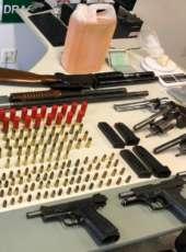 Draco evita crime e prende grupo em posse de oito armas de fogo, munições e materiais inflamáveis