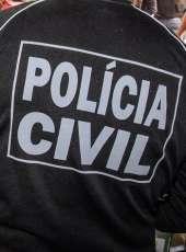 Mãe é presa pela Polícia Civil por estupro de vulnerável da filha