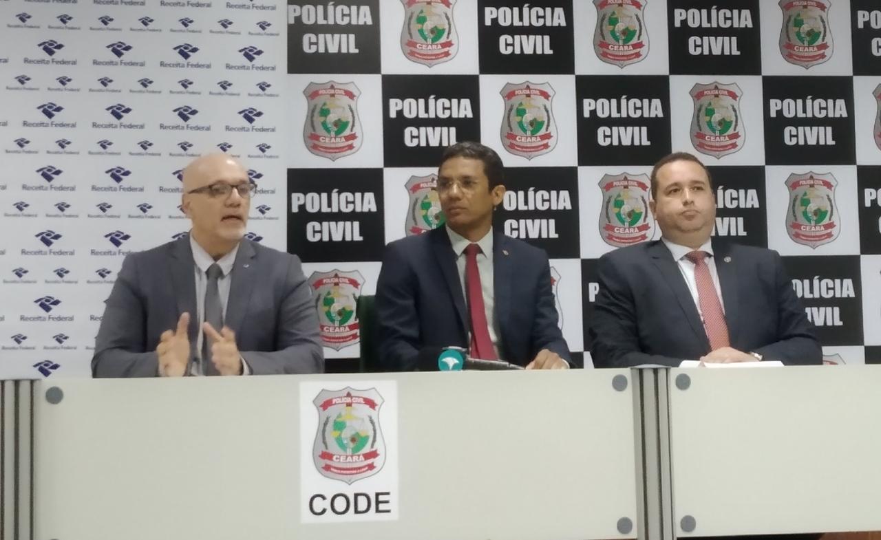"""Receita Federal e PCCE realizam """"Operação Rádio Pirata"""" e apreendem material falsificado"""