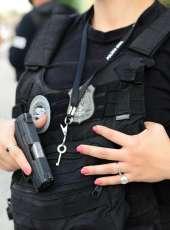 Mulher grávida suspeita de tráfico de drogas é presa em Quixadá