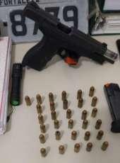 Suspeito de chefiar o tráfico de drogas em Cascavel é preso com pistola de carga da PMESP